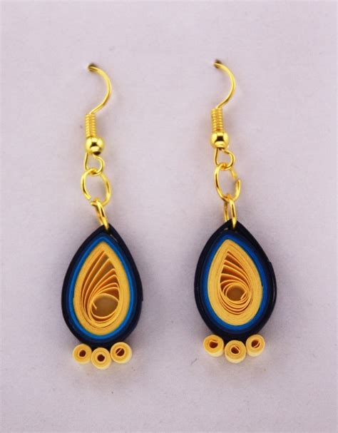 Paper Quilling Earrings - arts and crafts stylish quilled earrings