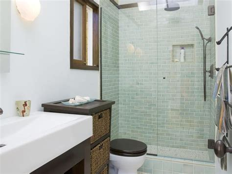 hgtv small bathroom ideas small bathroom ideas