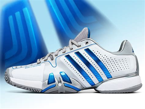 tennis shoes the essential article for tennis players