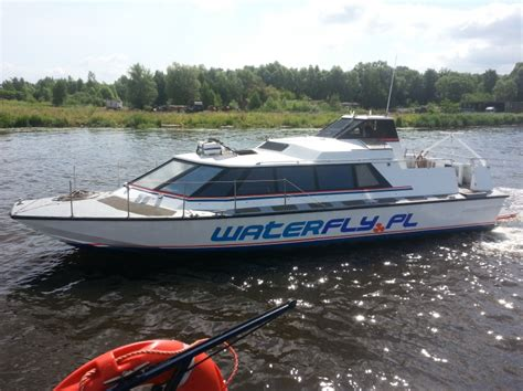 catamaran boat diesel bearliner charter and sale of boats