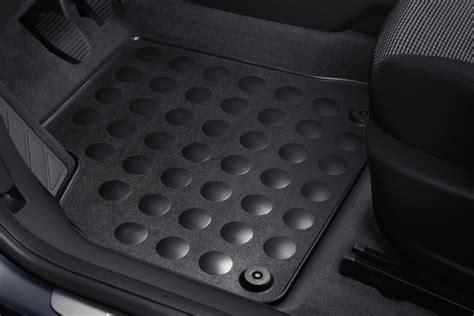 Peugeot 3008 Mats peugeot 3008 front carpet mats fits all 3008 models 1 6 thp 2 0 hdi protection peugeot