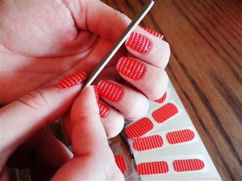 Essie Nail Stickers essie nail stickers quot so haute quot a side of style