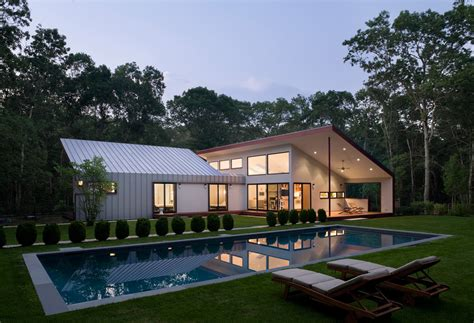 design milk houses an east hton retreat with a large outdoor room design