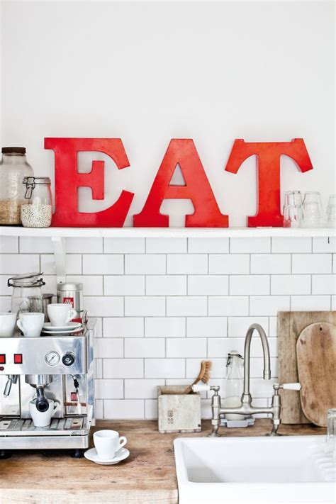 kitchen decorating ideas with red accents 25 best ideas about red kitchen accents on pinterest