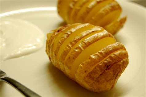 hasselback potato recipe eatingplaces