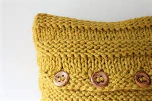 Free Knitting Pattern For Cushion Covers You To See Chunky Cushion Covers On Craftsy