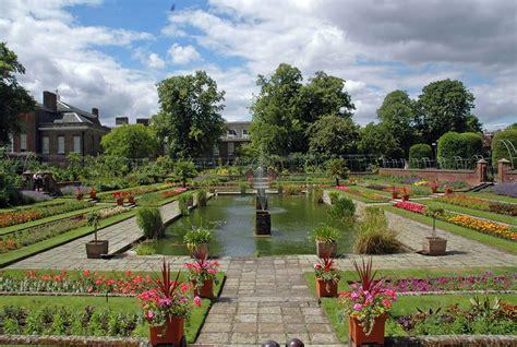 i giardini di kensington tour per i giardini di londra al kensington palace
