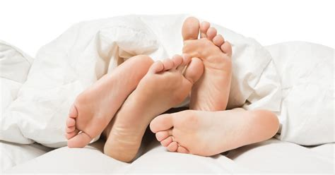 bed feet sex linked to better brain power in older age cbs news