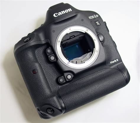 canon eos   mark ii review ephotozine