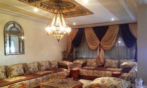Faux Plafond En Platre Pour Salon Marocain by Plafond Marocain Decoration Plafond