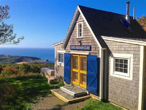 605 sq ft beach cottage in cape breton island