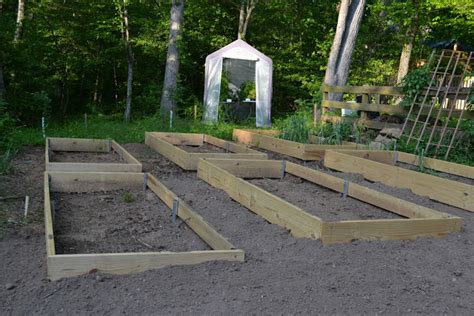 Making Beds Vegetable Garden Beds That Is Vegetable Gardening On A Slope