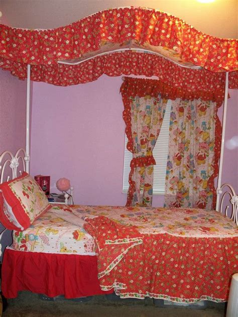 twin size canopy bed curtains 45 best strawberry shortcake bedding images on pinterest