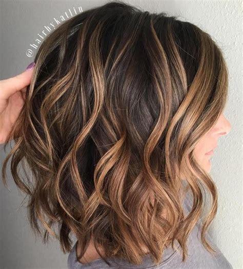 show mw chocolate hair color wavy brown lob with caramel balayage cabelo e beleza