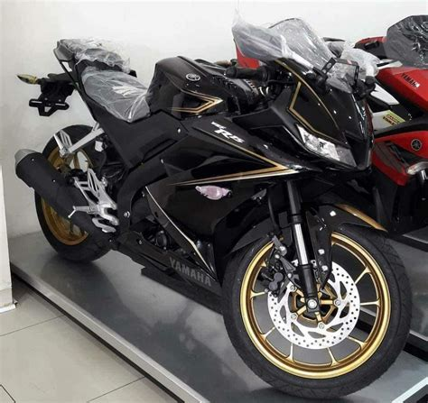 Yamaha All New R15 Matte Black yamaha r15 v3 0 dealer special edition spotted in indonesia report