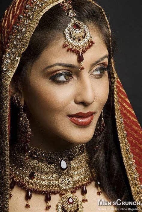 beautiful bridal makeup indian bridal makeup beautiful girls xcitefun net