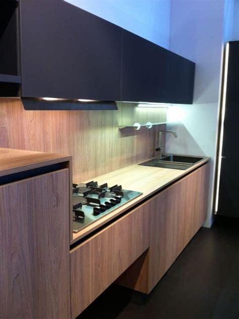 ideas  lograr esa combinacion perfecta en tu cocina en madera  en color negro interiores