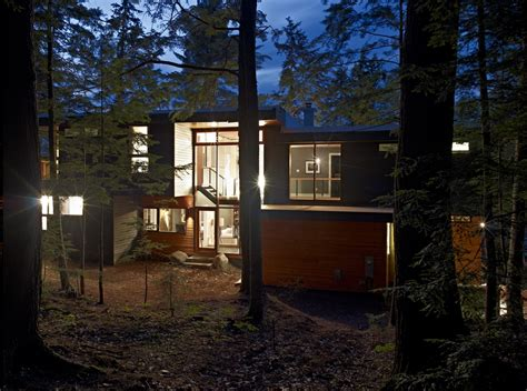 forest house forest house lake joseph cottage by altius architecture