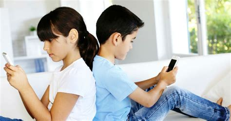 imagenes de niños usando la tecnologia uso excesivo del celular afecta conducta de ni 241 os y