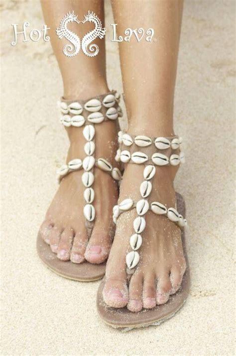 sandals vs beaches 25 best ideas about sandals on summer