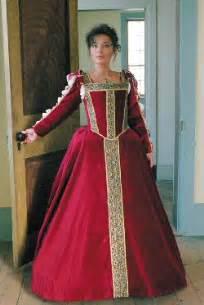 Toledo italian renaissance gown eleanora of toledo italian renaissance
