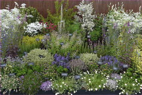 Planting An Herb Garden garden design 72079 garden inspiration ideas