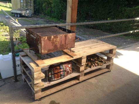 diy bbq bench wooden pallet bbq grill table 101 pallets
