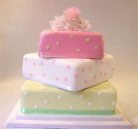 Hayling Island Cake Maker, Julie's Creative CakesJulie's