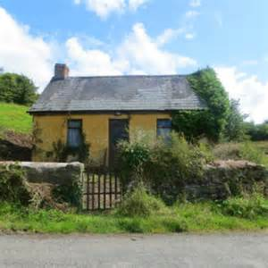 country cottages for sale houses