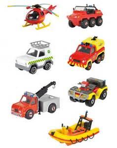 eveil premiers jouets sam le pompier