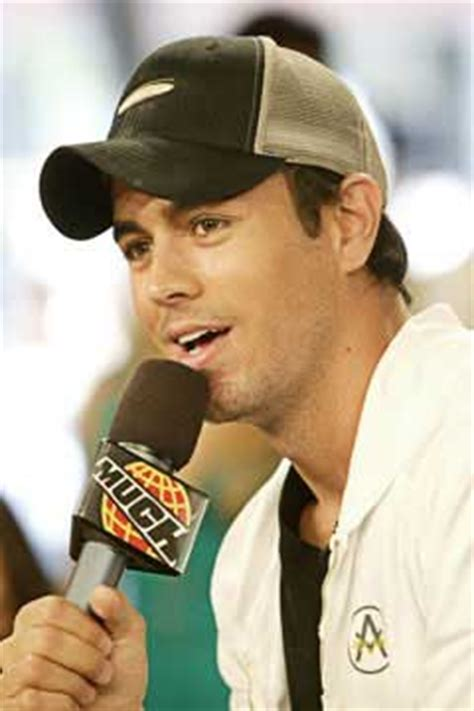 enrique iglesias biography in spanish free stuff she fun videos club famous people from spain