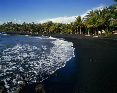 volcanic beach the world s most colorful beaches black sand hawaii
