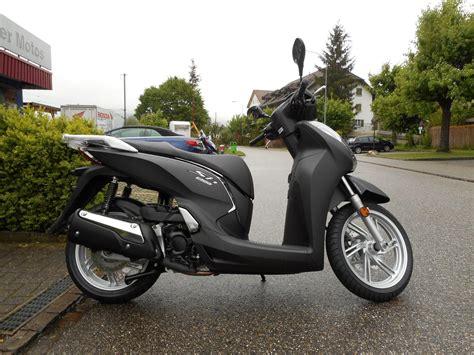Honda Motorrad 300 by Motorrad Neufahrzeug Kaufen Honda Sh 300 I A Abs Hubacher