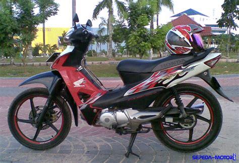 Reflektor Lu Depan Supra Fit spesifikasi kelebihan dan kelemahan honda supra fit x info sepeda motor