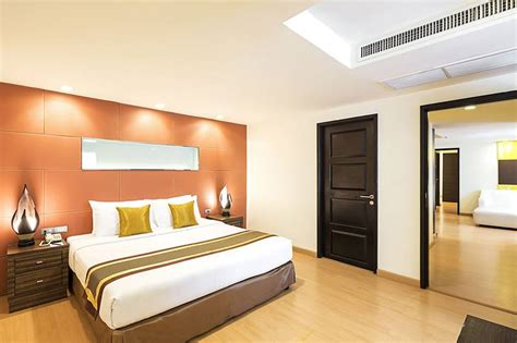 2 bedroom suites in bangkok two bedroom suite aspen hotel bangkok at sukhumvit 2 nana