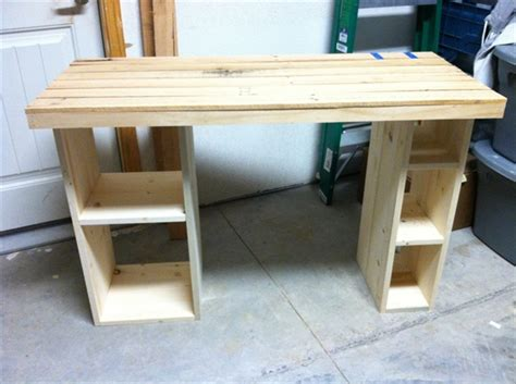 ideas    pallet desk  recycled pallets pallet furniture plans