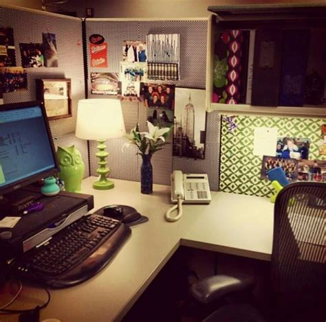 Office Desk Ideas Pinterest 25 Cubicle Workspace Decorating Ideas Work Pinterest Cubicle Office Spaces And Desks