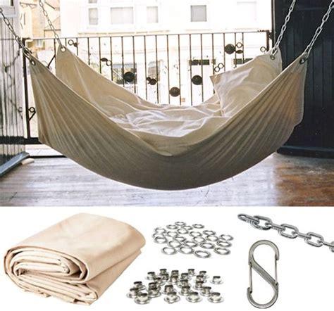 diy bedroom hammock 25 best ideas about hammock bed on pinterest hanging
