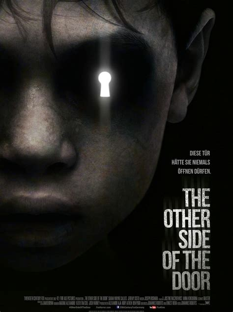 the other side of the other side of the door trailer