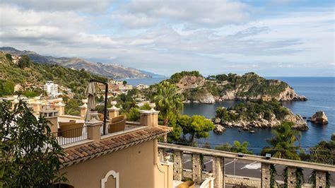 vacanza taormina vacanze a taormina viaggio a taormina con expedia it