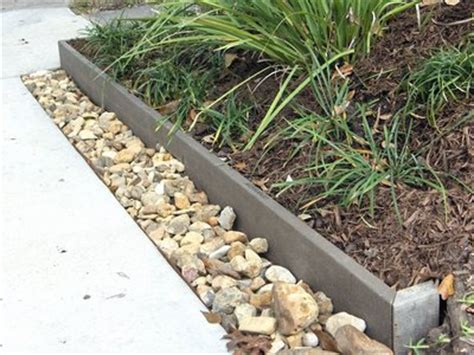 Landscape Rock Trim Edging Ideas Garden Edging Can Be Accomplished With A