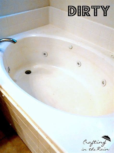 how to clean a bathtub with jets 25 best ideas about clean jetted tub on pinterest