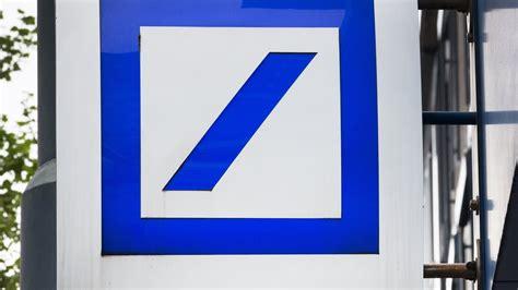 deutsche bank geld wechseln deutsche bank schiebt postbank verkauf auf die lange bank