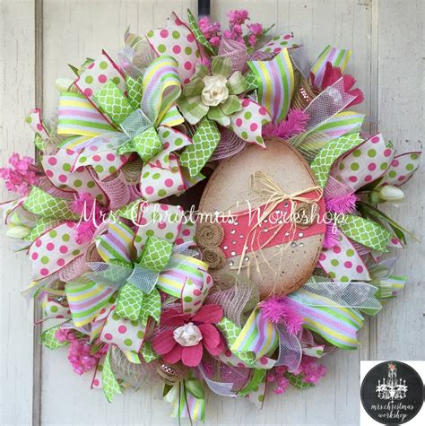 18 cheerful home decor ideas to make your home a happy place 85 easter egg wreath ideas yarn easter egg wreath 40
