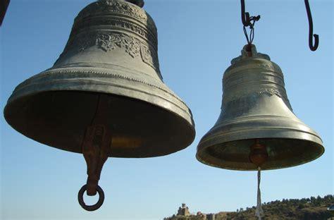 church bells ringing