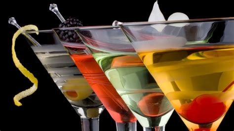 alcoholic drinks wallpaper hd alcoholic drink glass pics hd wallpapers