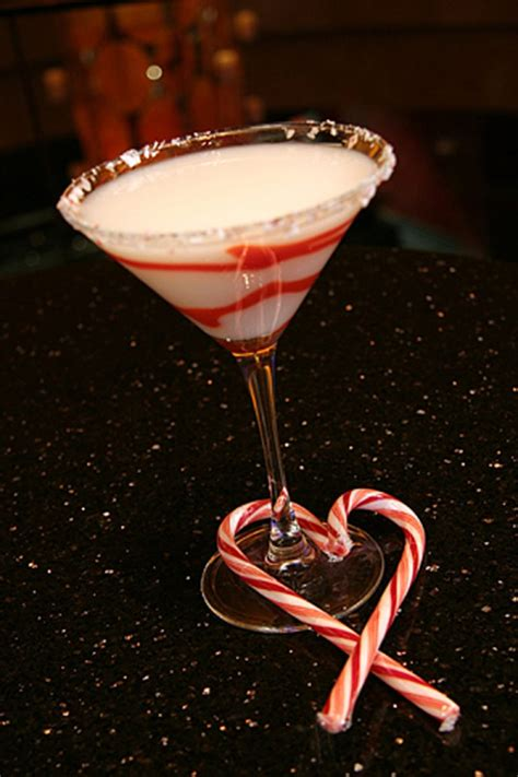 martini holiday how to make these easy christmas cocktails hotmamatravel