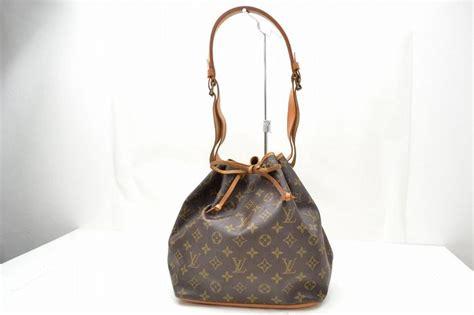 Tas Louis Vuitton 9581 louis vuitton shoulder bag petitnoe mongram canvas catawiki