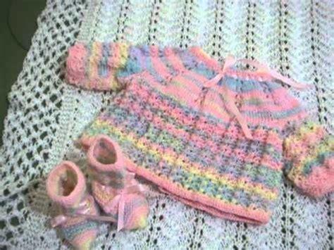 chambré bébé ropa tejida para beb 233 chambra a gancho parte 1 de 3