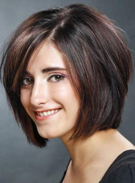 model potongan rambut wanita  wajah bulat  info